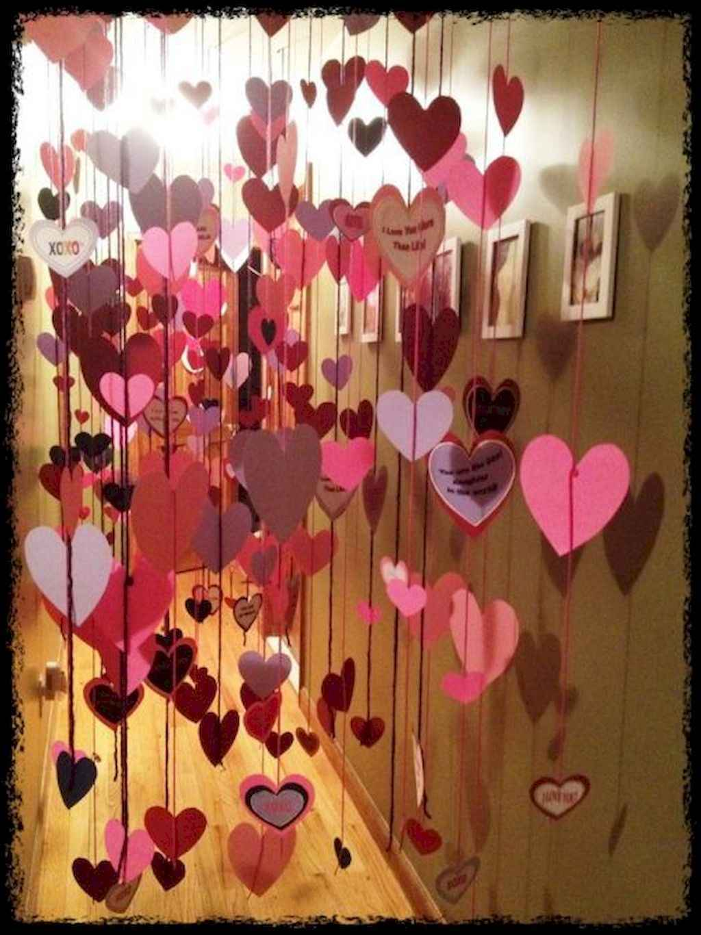 44 Romantic Valentines Party Decor Ideas (32)