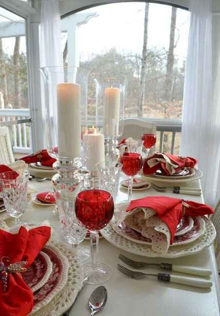 44 Romantic Valentines Party Decor Ideas (8)