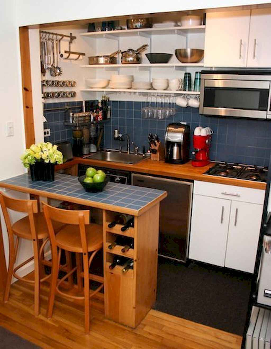 Small Apartment Balcony Garden Ideas: 50 Amazing Small Apartment Kitchen Decor Ideas (32