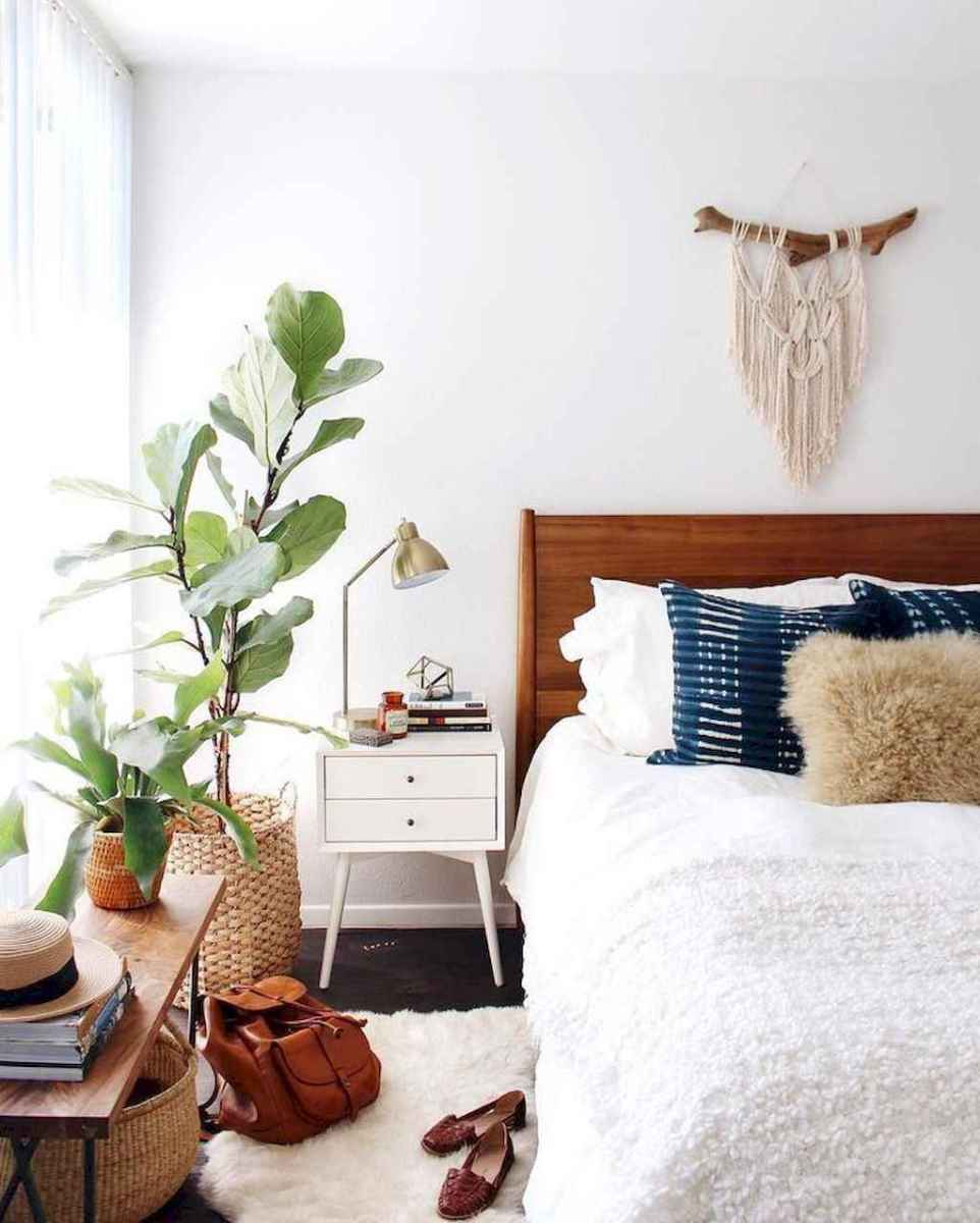 50 Incredible Apartment Bedroom Decor Ideas With Boho Style (24)