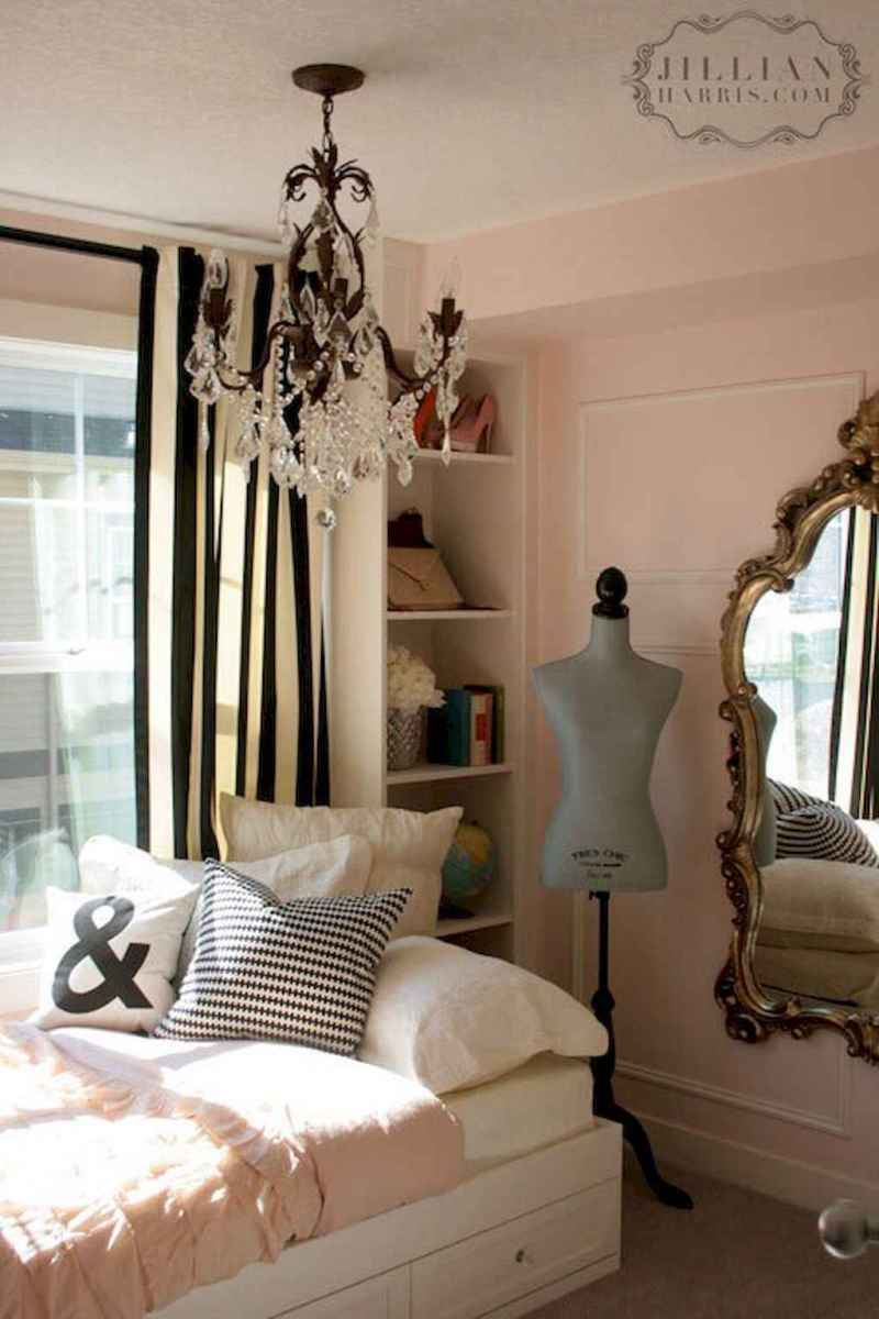 50 Stunning Vintage Apartment Bedroom Decor Ideas (31)