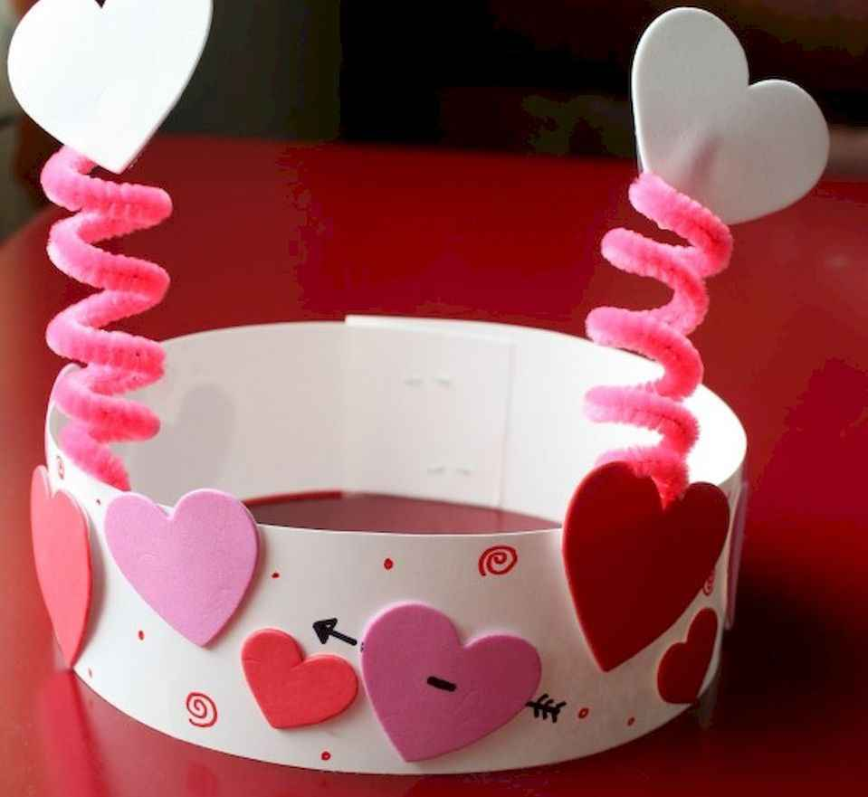 60 Romantic Valentines Crafts Ideas On A Budget (27)