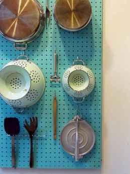 70 Surprising Apartment Kitchen Organization Decor Ideas (24)
