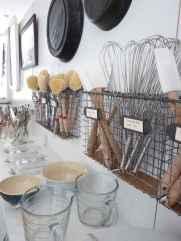 70 Surprising Apartment Kitchen Organization Decor Ideas (51)