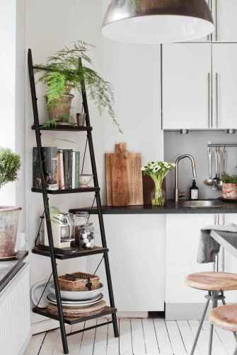 80 Smart Solution Small Apartment Living Room Decor Ideas (3)
