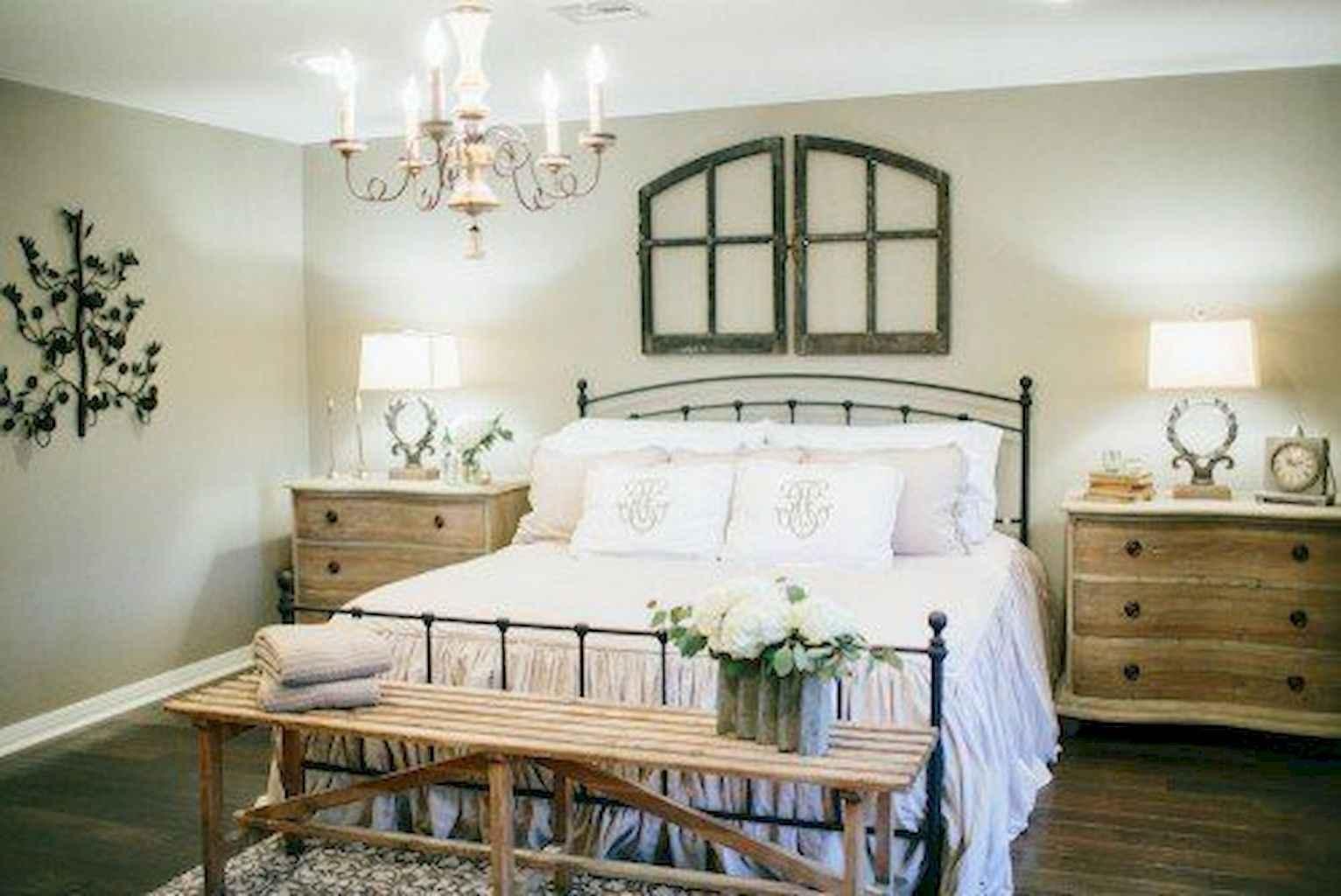 100 Stunning Farmhouse Master Bedroom Decor Ideas (23)