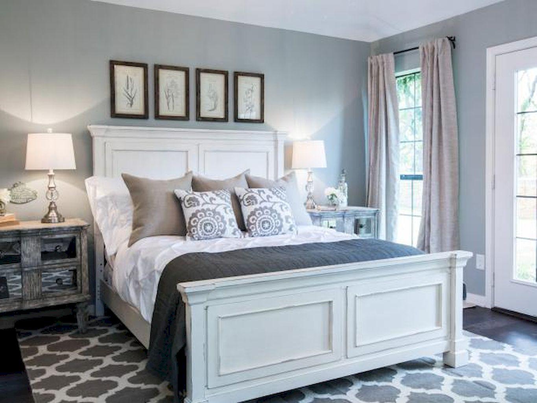 100 Stunning Farmhouse Master Bedroom Decor Ideas (4)