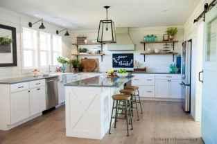110 Amazing Farmhouse Kitchen Decor Ideas (46)