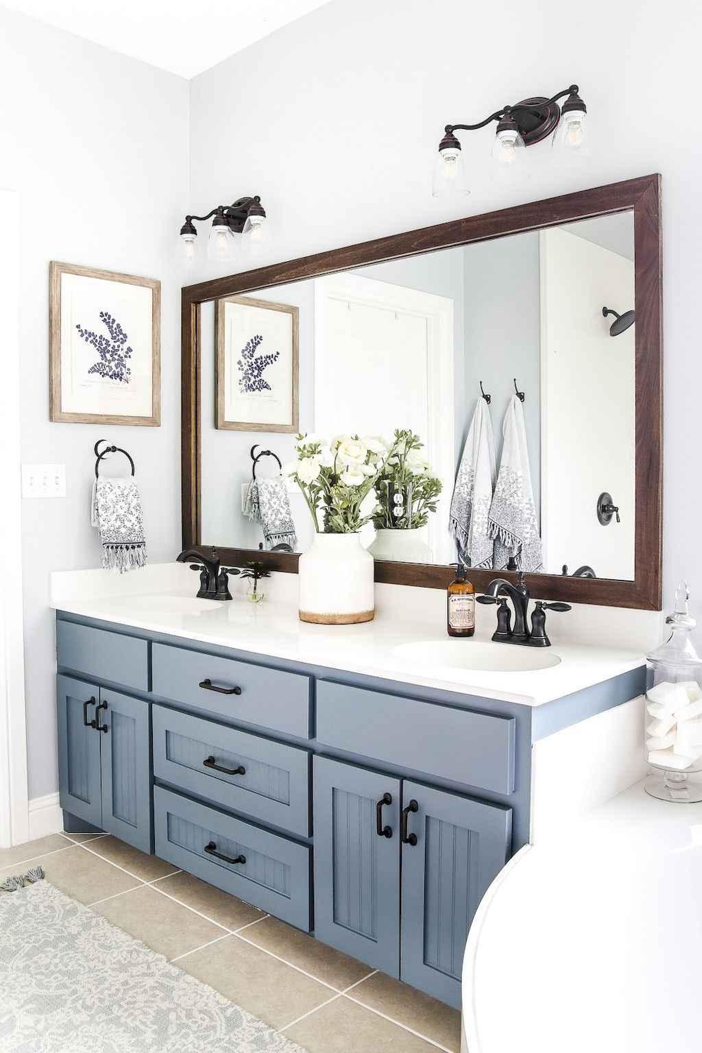 110 Best Farmhouse Bathroom Decor Ideas (105)