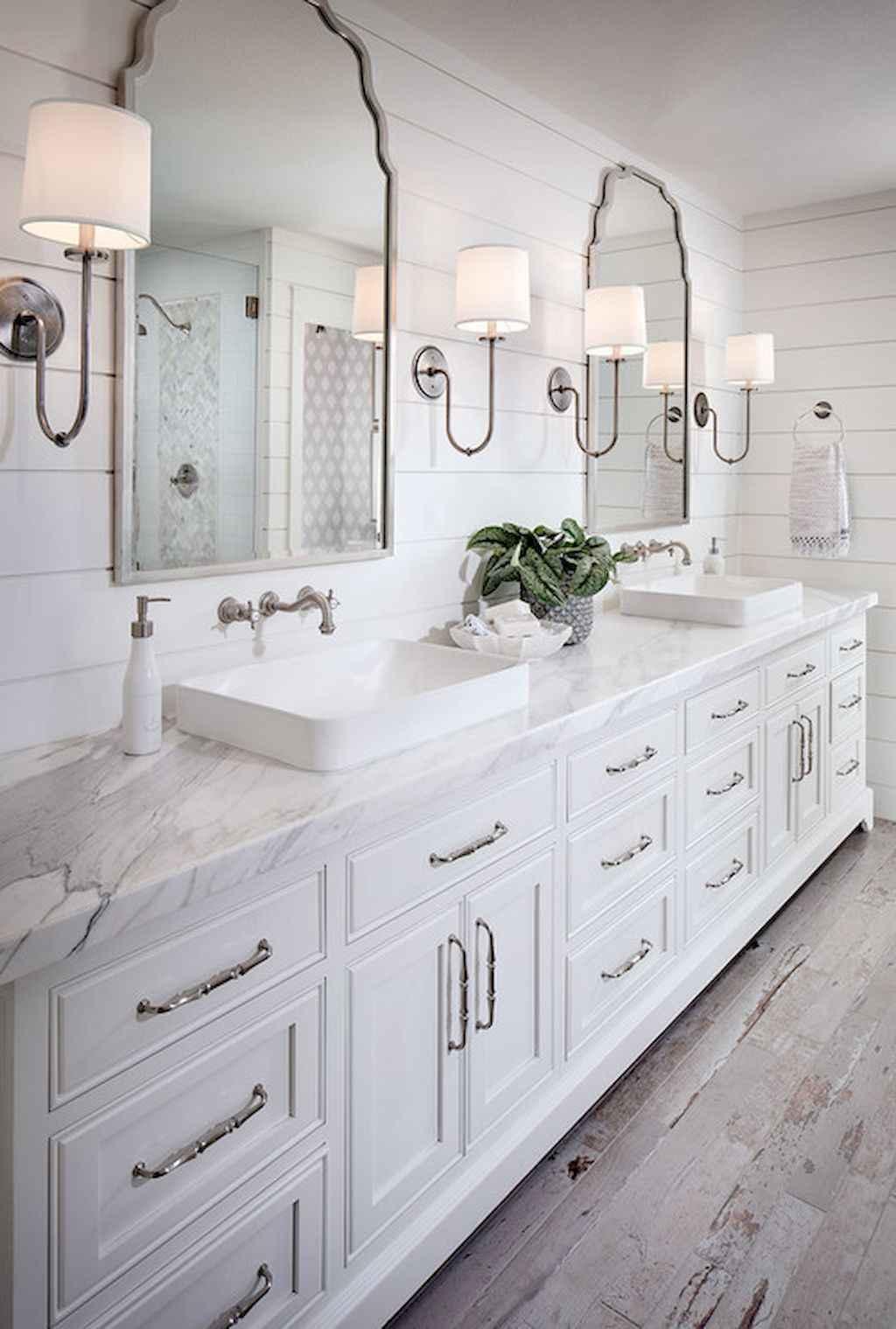 110 Best Farmhouse Bathroom Decor Ideas (184)