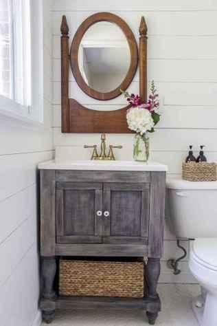 125 Brilliant Farmhouse Bathroom Vanity Remodel Ideas (38)