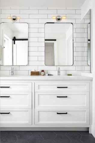 125 Brilliant Farmhouse Bathroom Vanity Remodel Ideas (39)