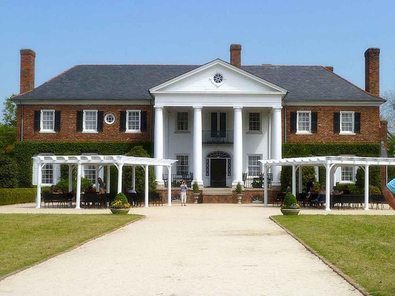 80 Amazing Plantation Homes Farmhouse Design Ideas (11)