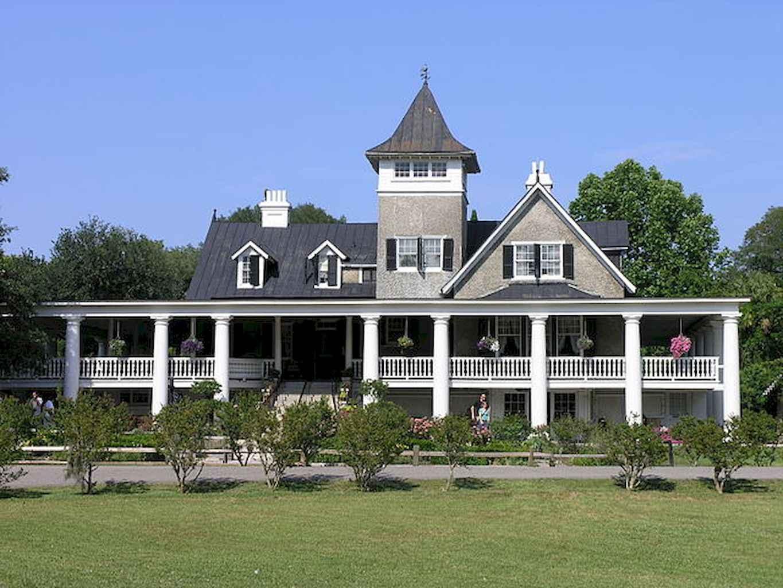 80 Amazing Plantation Homes Farmhouse Design Ideas (12)