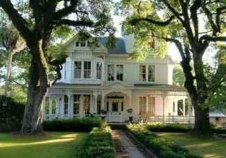 80 Amazing Plantation Homes Farmhouse Design Ideas (31)