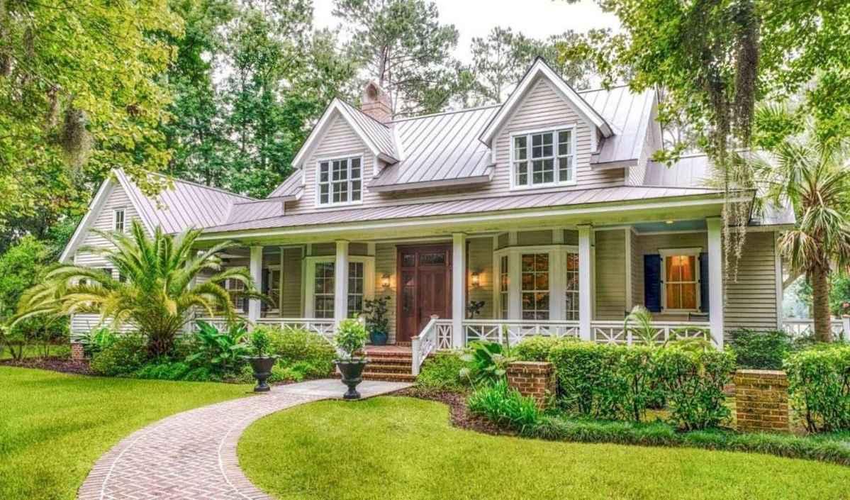 80 Amazing Plantation Homes Farmhouse Design Ideas (42)