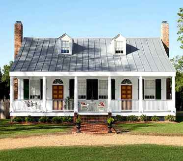 80 Amazing Plantation Homes Farmhouse Design Ideas (44)