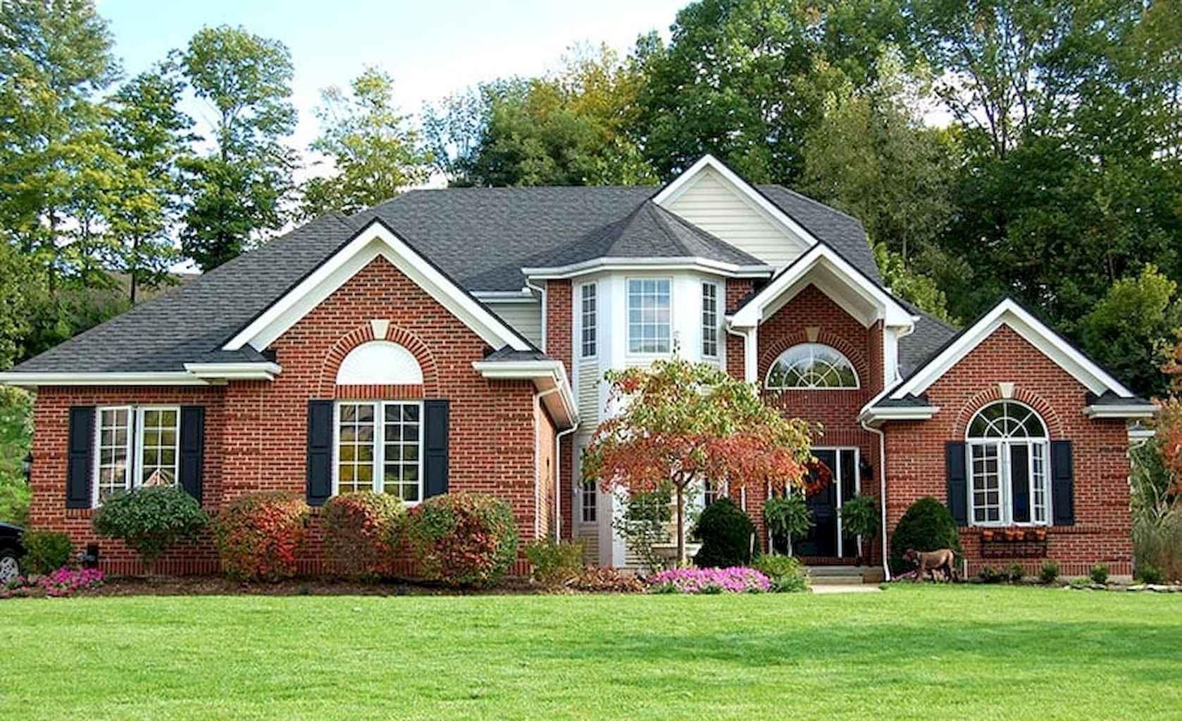 80 Amazing Plantation Homes Farmhouse Design Ideas (53)