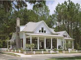 80 Amazing Plantation Homes Farmhouse Design Ideas (64)