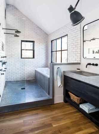 80 Awesome Farmhouse Tile Shower Decor Ideas (58)