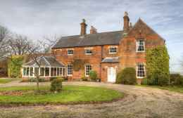 80 Stunning Victorian Farmhouse Plans Design Ideas (1)