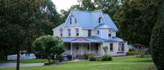 80 Stunning Victorian Farmhouse Plans Design Ideas (3)