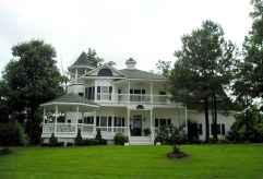 80 Stunning Victorian Farmhouse Plans Design Ideas (61)