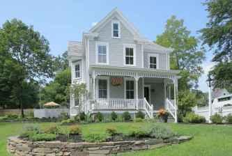 80 Stunning Victorian Farmhouse Plans Design Ideas (72)