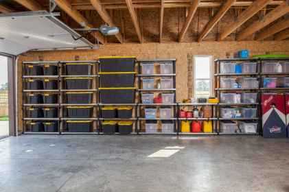 25 Awesome Garage Organization Design Ideas (14)