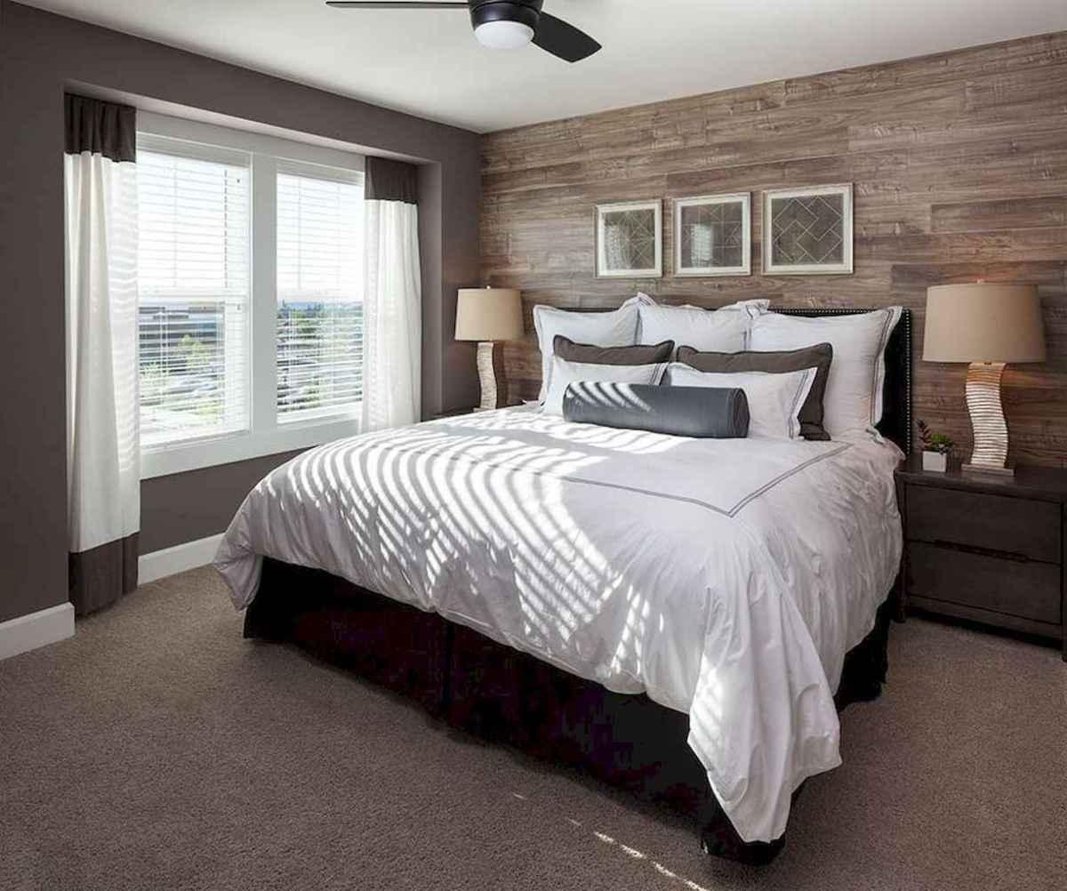 Best 25 Farmhouse Master Bedroom Decor Ideas (12)
