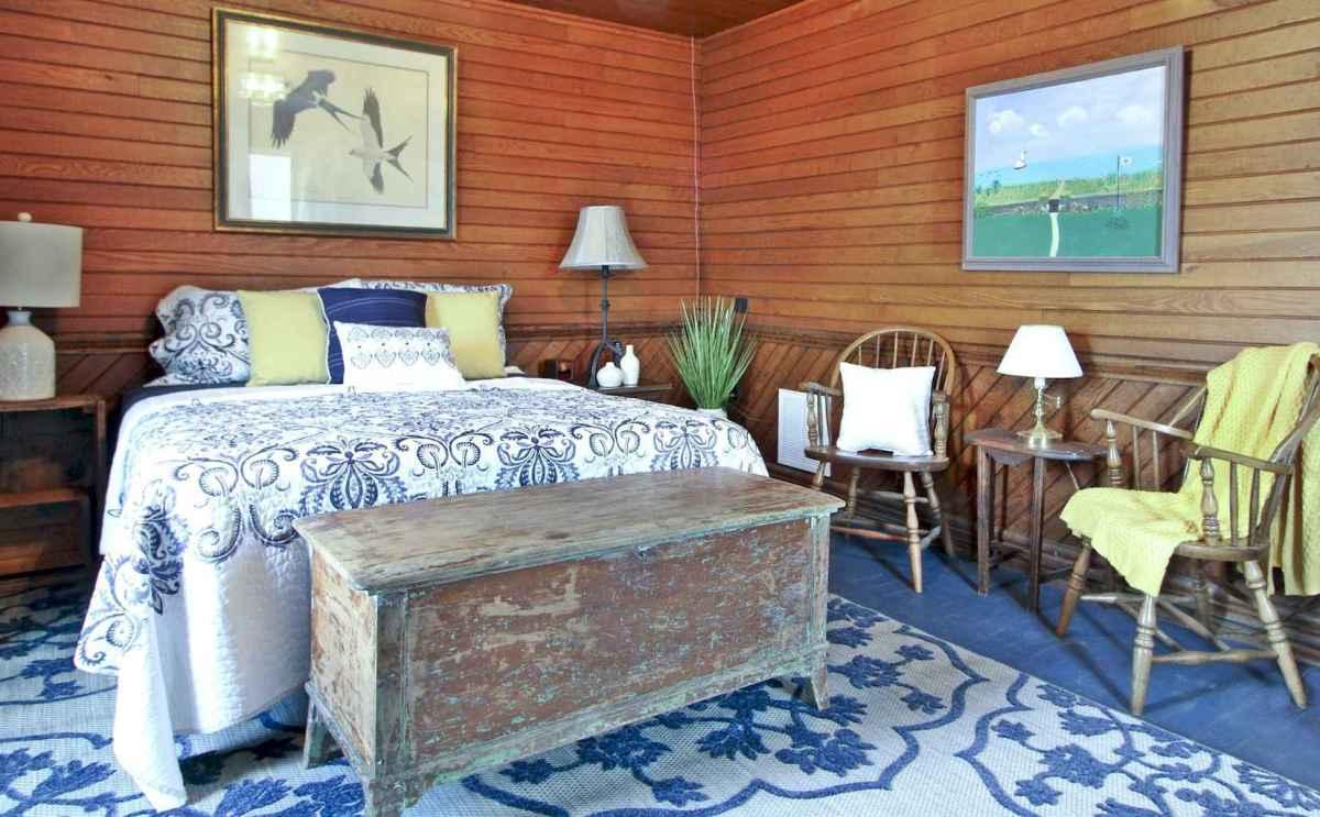 Best 25 Farmhouse Master Bedroom Decor Ideas (7)