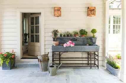 Best 25 Farmhouse Porch Design Ideas (15)