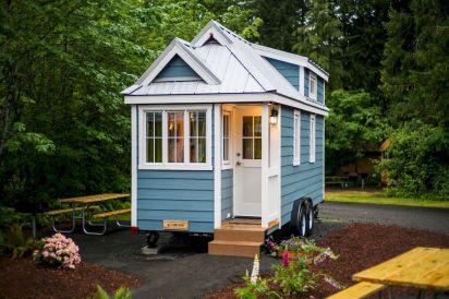 Best 25 Tiny House Design Ideas (1)