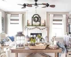 Best 30 Farmhouse Living Room Decor Ideas (25)
