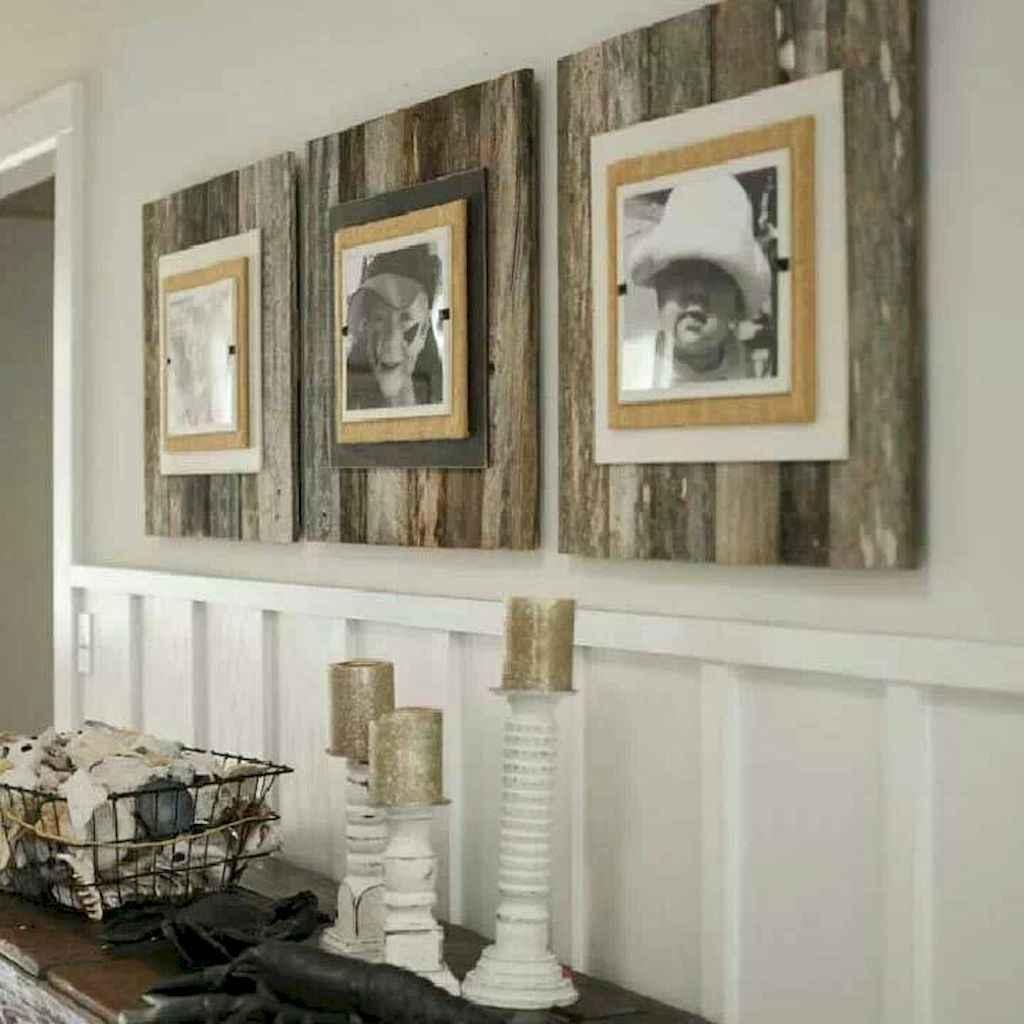 Top 20 Farmhouse Wall Decor Ideas (3)