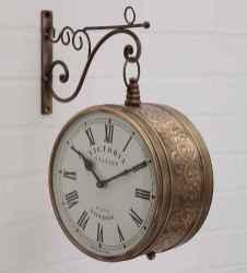 33 Best Industrial Farmhouse Clock Design Ideas (20)