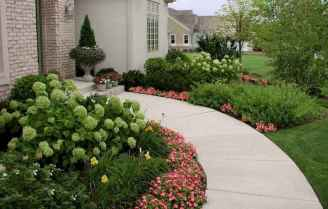 35 Beautiful Frontyard Landscaping Design Ideas and Remodel (19)