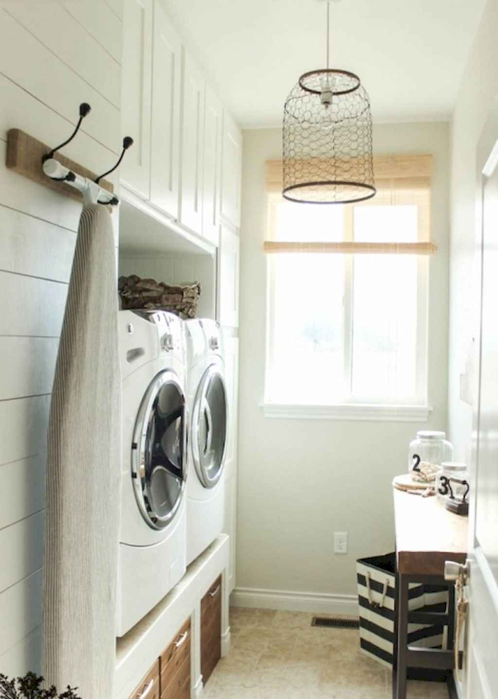 45 Rustic Farmhouse Laundry Room Design Ideas and Makeover (9)