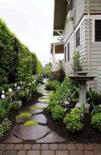 55 Beautiful Side Yard Garden Design Ideas (35)