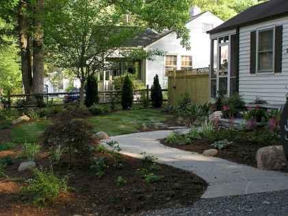 55 Beautiful Side Yard Garden Design Ideas (38)
