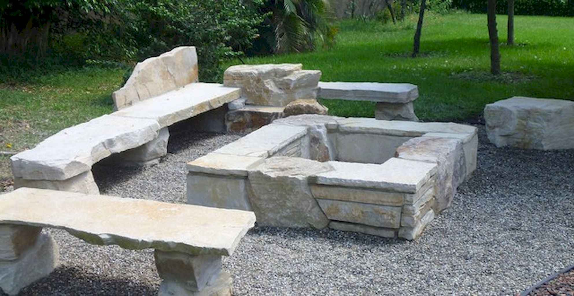 60 Beautiful Backyard Fire Pit Ideas Decoration and Remodel (27)