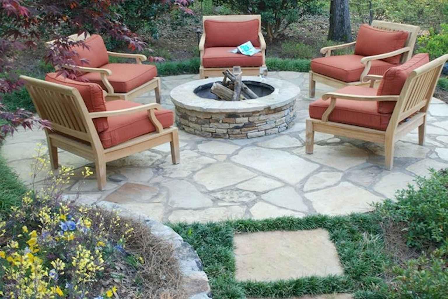 60 Beautiful Backyard Fire Pit Ideas Decoration and Remodel (38)