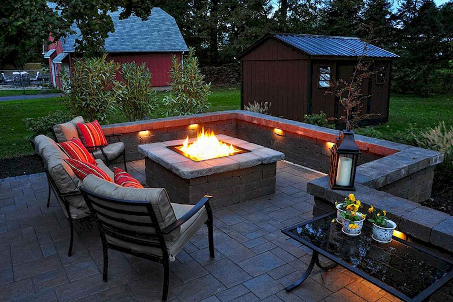 60 Beautiful Backyard Fire Pit Ideas Decoration and Remodel (46)