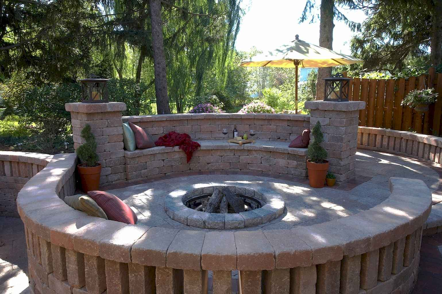 60 Beautiful Backyard Fire Pit Ideas Decoration and Remodel (54)