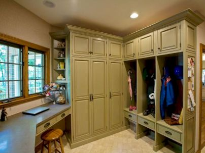 65 Cool Mudroom Design Ideas and Remodel (2)