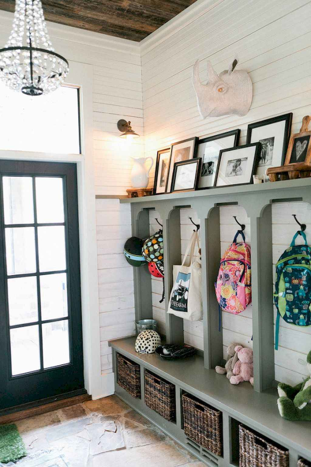65 Cool Mudroom Design Ideas and Remodel (28)