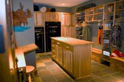 65 Cool Mudroom Design Ideas and Remodel (35)