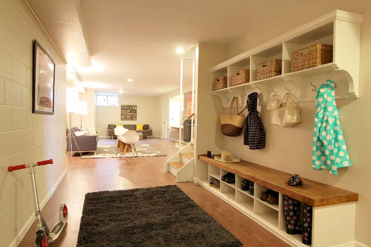 65 Cool Mudroom Design Ideas and Remodel (52)