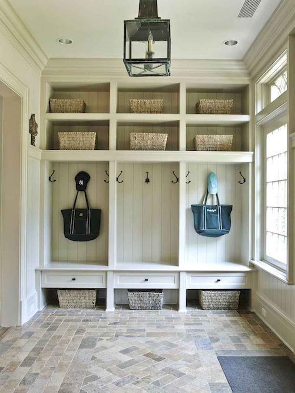 65 Cool Mudroom Design Ideas and Remodel (8)