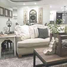 70 Rustic Farmhouse Living Room Decor Ideas (22)